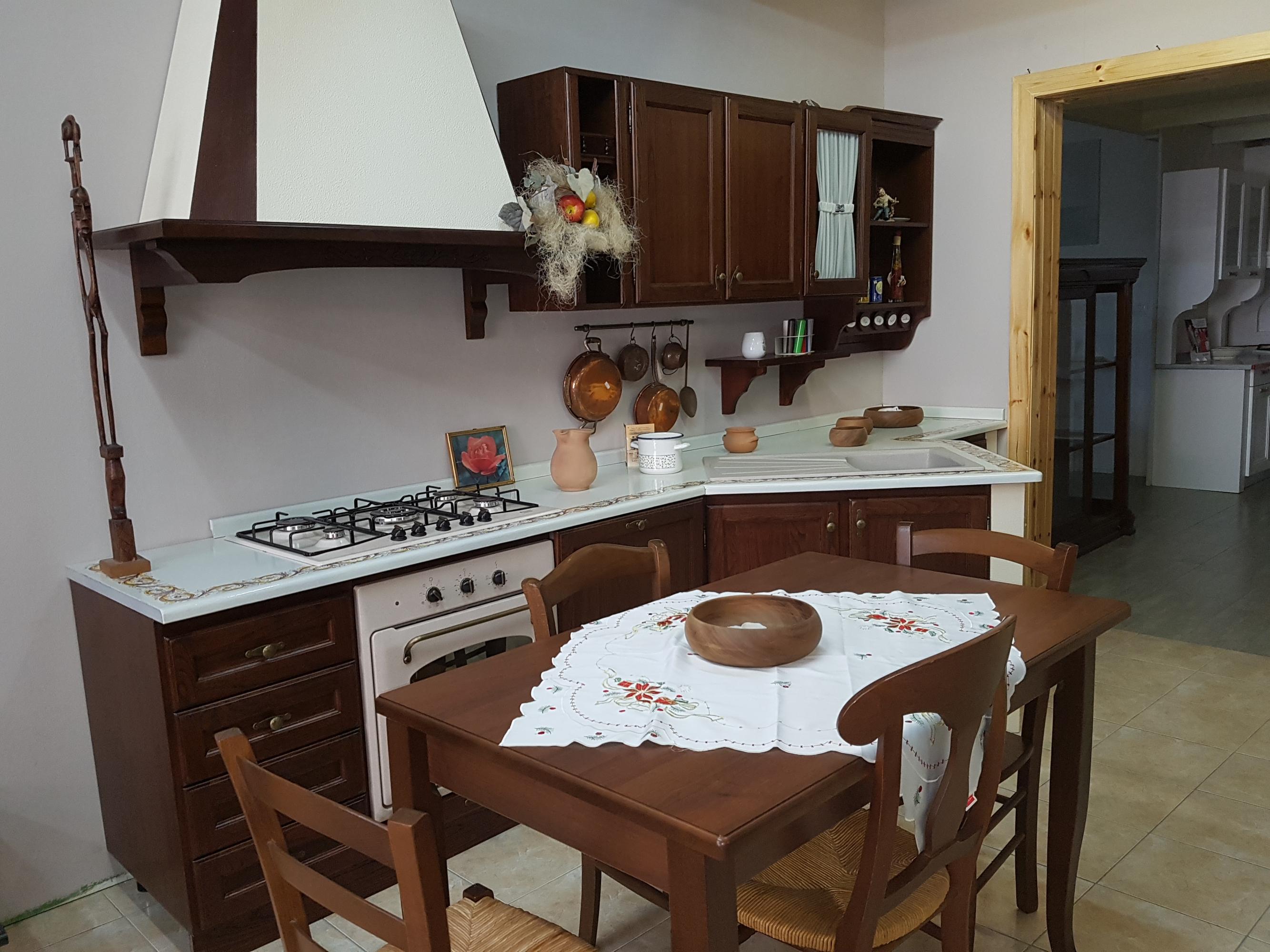 CUCINA CLASSICA - CUCINE - Arredamenti Cucine Siciliane